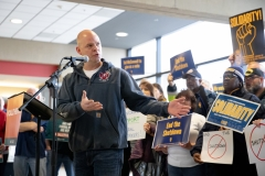January 18, 2019: Sens.  Lindsey Williams and Jay Costa join TSA workers to rally against government shutdown.